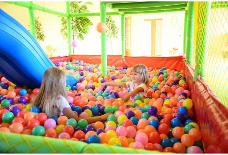 """Vaikų gimtadienis žaidimų kambaryje """"Elfėja"""""""
