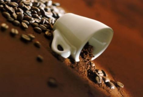 Kavos gėrimo ceremonija dviem