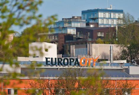 """2 nakvynės dviem viešbutyje """"Europa City Vilnius"""" su pramogomis"""