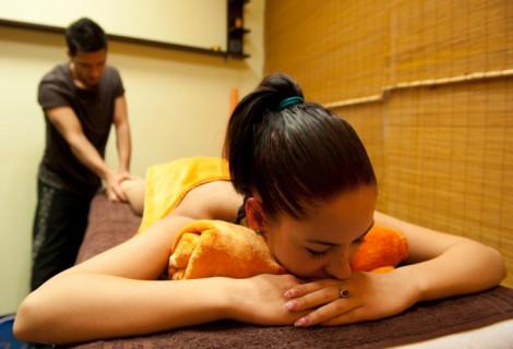 Stresą šalinantis aromaterapinis viso kūno masažas