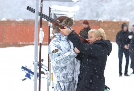 Lėkštelių šaudymas ShootingClub.lt šaudykloje