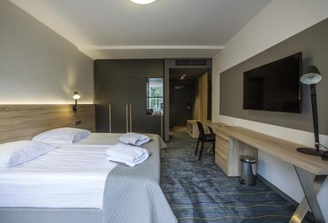 Nakvynė naujame STANDARD PLUS kambaryje 4* viešbutyje Royal SPA Residence Birštone dviem