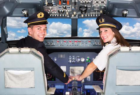 Valentino dienos pasimatymas realaus skrydžio simuliatoriuje!