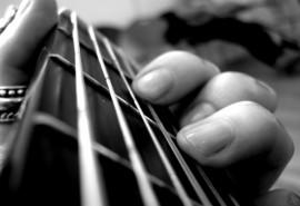"""Gitaros pamokos """"Išbandyk save"""" dviems"""