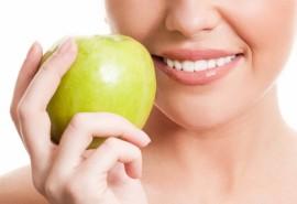 Profesionali burnos ertmės higiena ir odontologo konsultacija