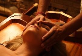 Efektyvus ajurvedinis veido masažas