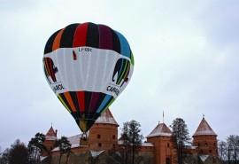 Žieminis skrydis oro balionu Trakuose
