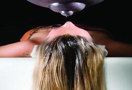 Plaukų ir galvos skalpo puoselėjimo procedūra su Shirodara