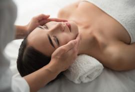 Pečių juostos ir galvos masažas