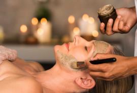 Veido masažas naudojant kaukes