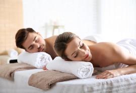 Aromaterapinis viso kūno masažas porai