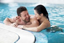 Viso kūno įvyniojimas, masažas ir baseino malonumai Jam ir Jai