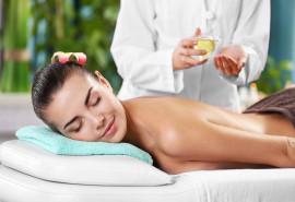 Ajurvedinis atpalaiduojantis viso kūno masažas su ajurvediniu balzamu