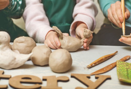 """Kūrybinės keramikos pamokos vaikams ,,Mažieji pirštukai"""""""