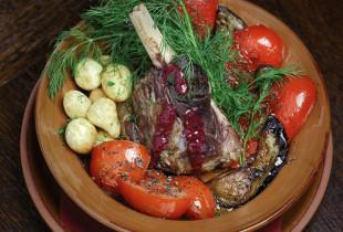 Vakarienė gruziniškame ir kaukazietiškame restorane  ARGO TRAKUOSE