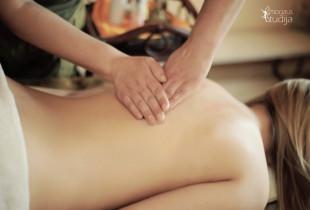 Hakim nugaros (stuburo) masažas