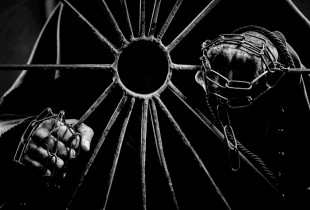 """""""Labyrinthus"""" drąsos išbandymas dviem"""