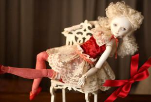 """Lėlių gamybos kursai """"Žmogus kuria lėlę, lėlė kuria žmogų"""""""