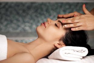 Limfodrenažinis veido masažas