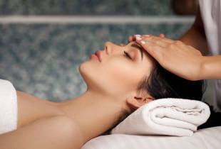 Atpalaiduojantis veido masažas