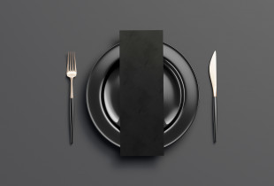 """Vakarienė dviem tamsoje restorane """"Čagino"""""""