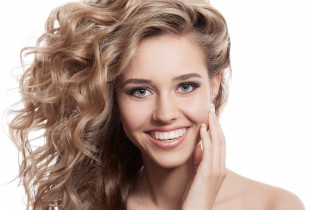 Hialurono procedūra išsausėjusiems plaukams