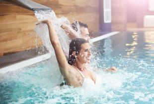 "Vandens pramogos ""Trasalis Trakai Resort & SPA"" + gardi pica dviem"