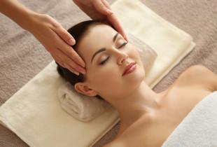 Veido procedūra su Ikrų kosmetika