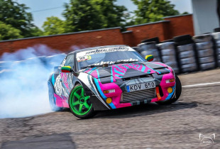 Driftingo pamoka su SIDE to SIDE Drift Team