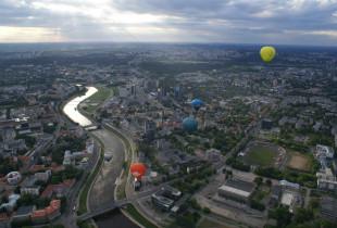 Įsimintinas skrydis oro balionu Vilniuje