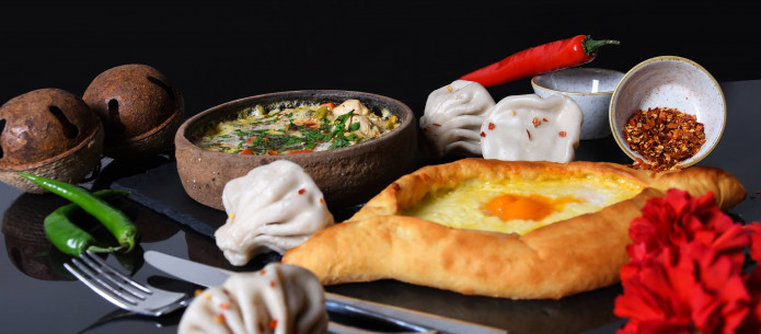 Vakarienė gruziniškame Restorane GEORGIAN HOUSE