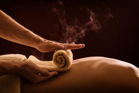 Ajurvedinis aromaterapinis viso kūno masažas
