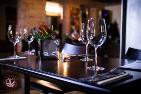 PRABANGI nakvynė su vakariene dviem  viešbutyje NAVALIS
