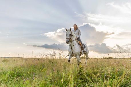 JODINĖJIMAS žirgais DVIEM Kurtuvėnuose