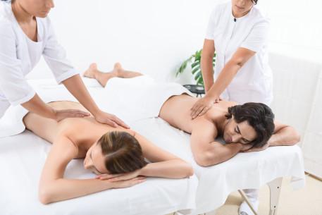 Nugaros masažas porai_1