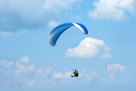 SKRYDIS PARASPARNIU su sparno valdymo mokymais