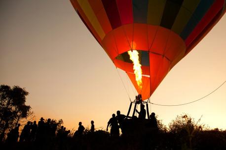 Skrydis Oro balionu šešiems Vilniuje