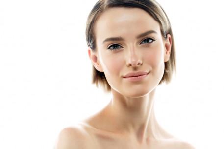 Jauninanti veido ir kaklo procedūra su BIOlazeriu