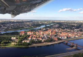 Nepamirštamas mokomasis skrydis virš Kauno