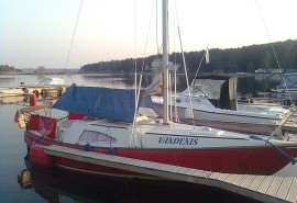 Kruizas jachta po Kauno marias