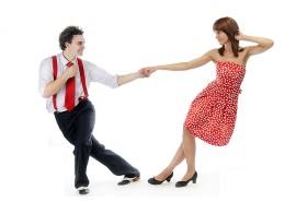 Pramoginių šokių poroje pamoka suaugusiems