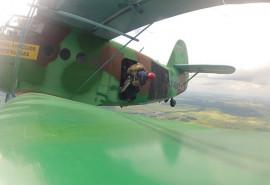 Skrydis lėktuvu kartu su parašiutininkais