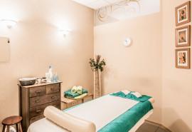 Gydomasis viso kūno masažas Masažo klinikoje