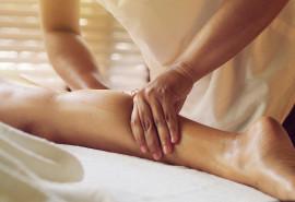 Ajurvedinis viso kūno masažas su aromaterapija